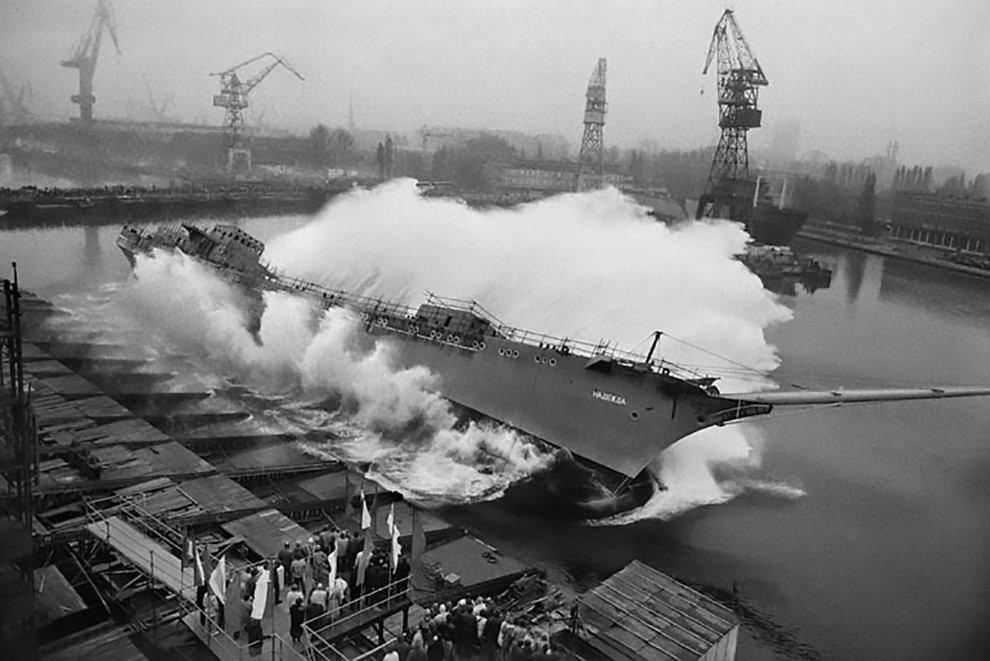 Estaleiro naval de Gdank, Polônia, 1990